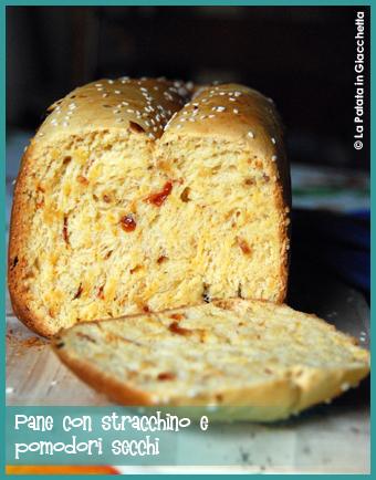 pane-con-stracchino-e-pomodori-secchi