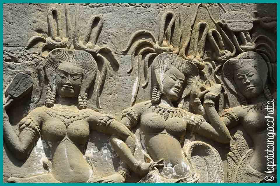 guida-rapida-per-visitare-angkor-in-cambogia_statue