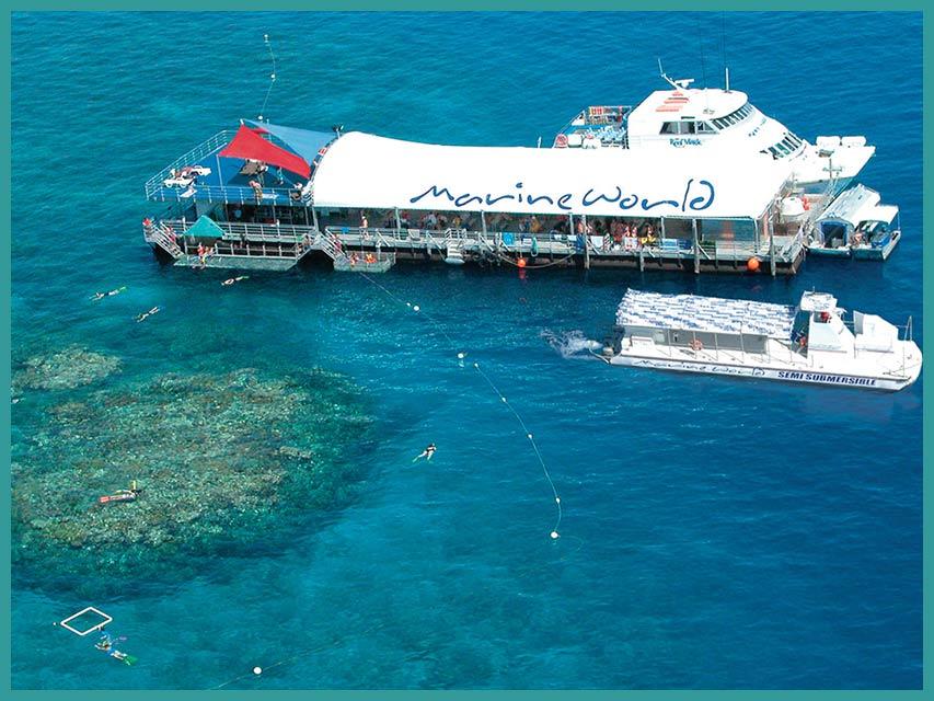 La piattaforma galleggiante Marine World - Visiitare la Grande Barriera Coralllina